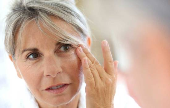 A rating of the best remedies of wrinkles. The most effective anti-aging creams according to our readers