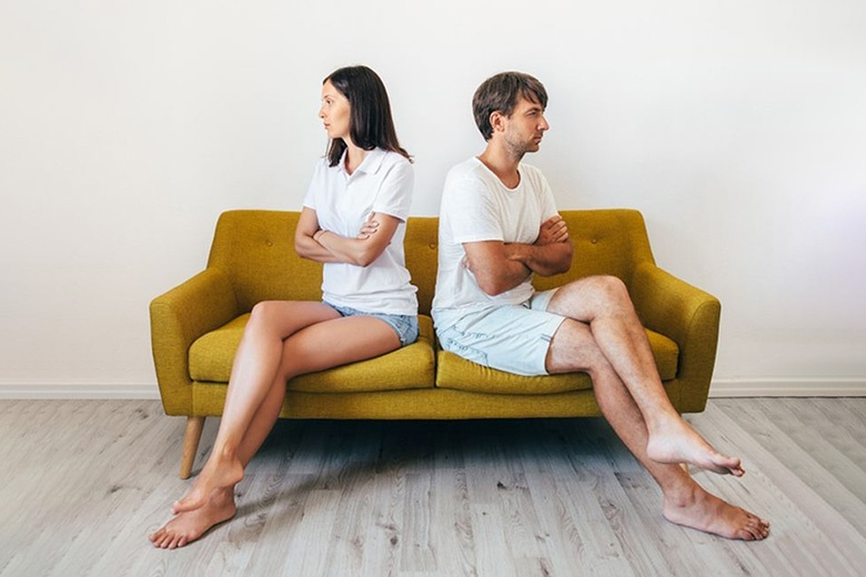 6 negative scenarios of the relationship. Why is love each time creates pain